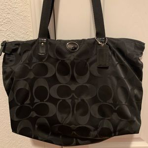 Authentic Coach tote bag with pouch